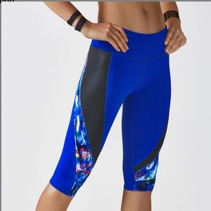 Fabletics Navassa crop leggings